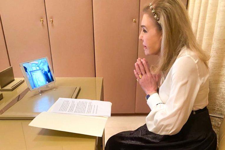 Η Μαριάννα Βαρδινογιάννη σε τηλεδιάσκεψη με τομν Μητροπολίτη Πειραιά