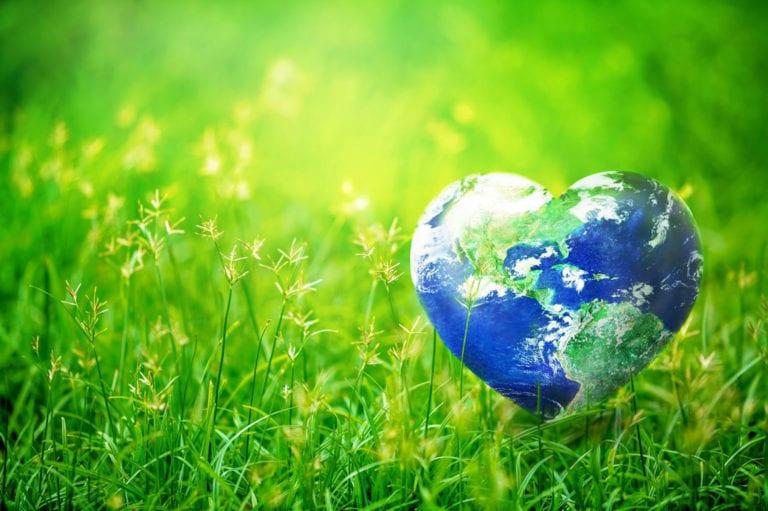 Με μία ανάρτηση στα social media γιορτάζουμε την Παγκόσμια Ημέρα της Γης