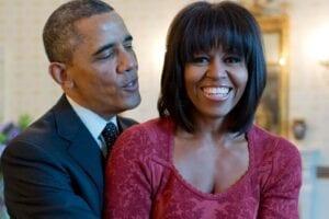 Μπάρακ και Μισέλ Ομπάμα συνέντευξη στο Spotify Podcast