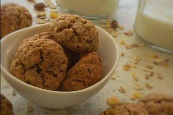 Μπισκότα (cookies) με μούσλι
