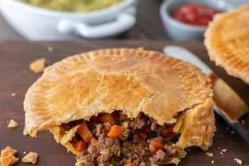 Minced-Beef-and-Onion-Pies-10-480x480
