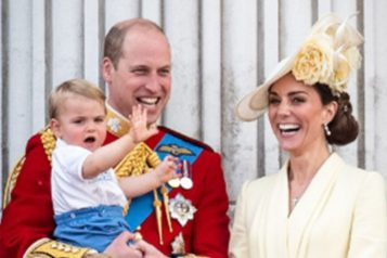 O πρίγκιπας Louis του Κέμπριτζ έγινε 2 ετών